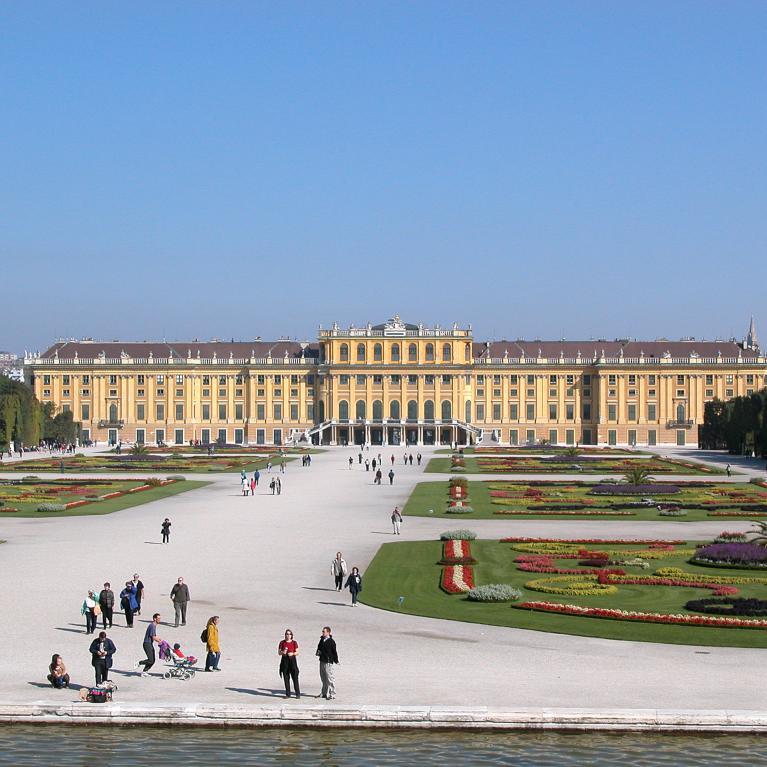 Van Praag naar Wenen