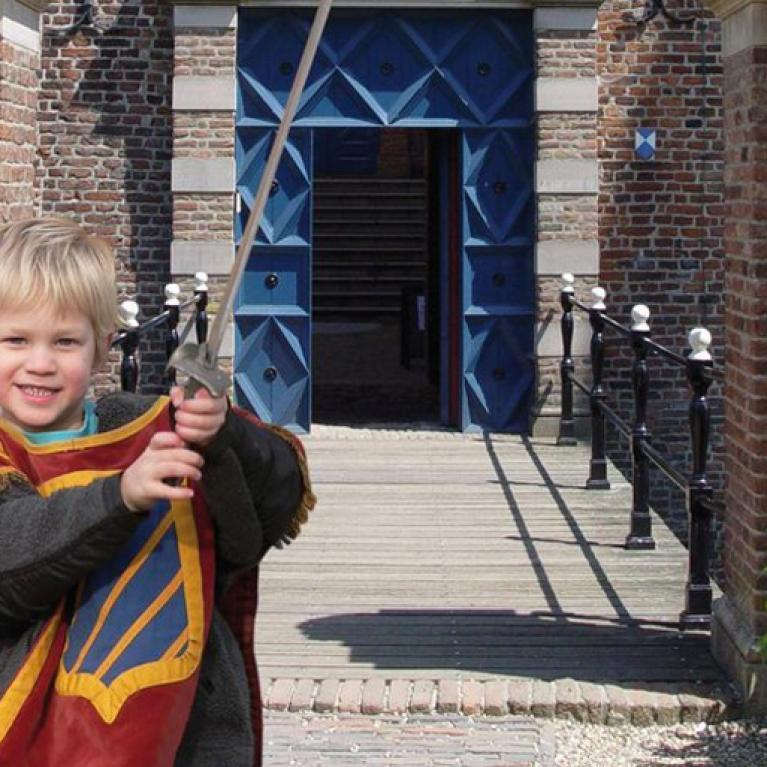 Familiereis: Ridders en speeltuinen - Nederland